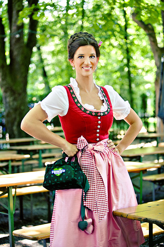 2018 traditional_dirndl